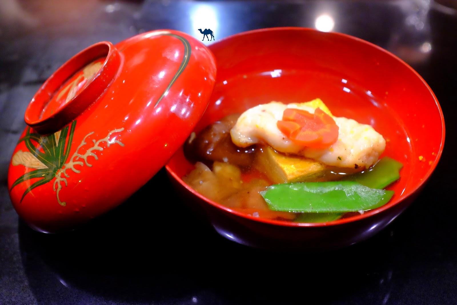 Le Chameau Bleu - Soupe de lotte du restaurant japonais Guilo Guilo à Paris