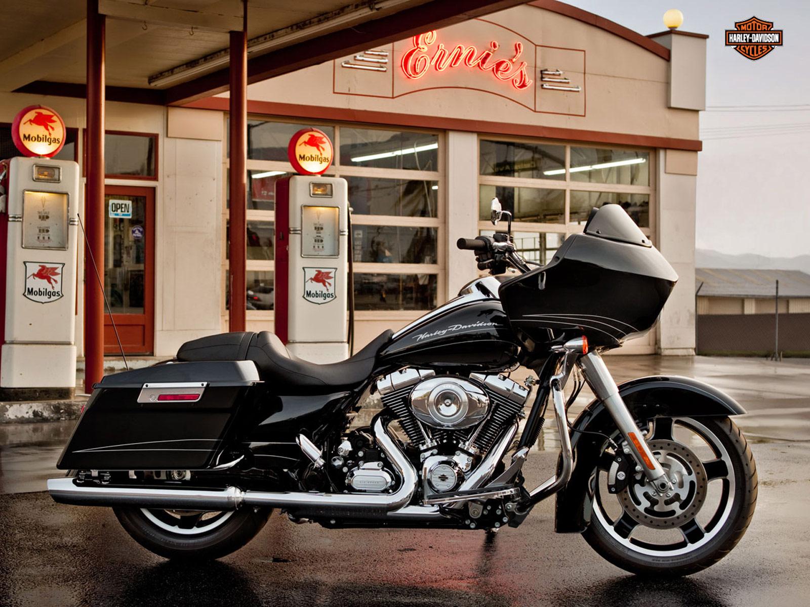 Harley Davidson Road Glide Backrest