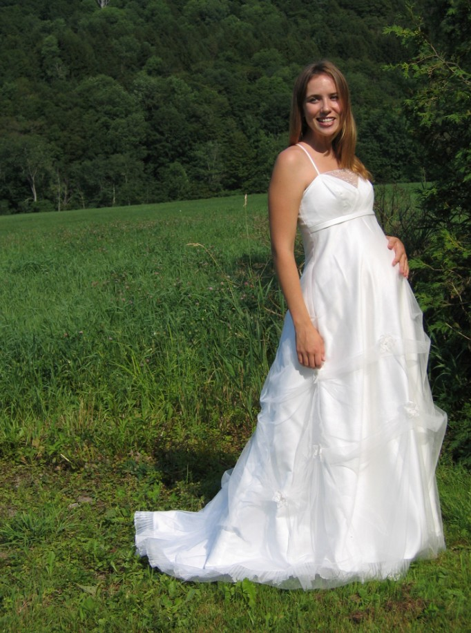 WhiteAzalea Maternity Dresses Choosing the Maternity Wedding Dress