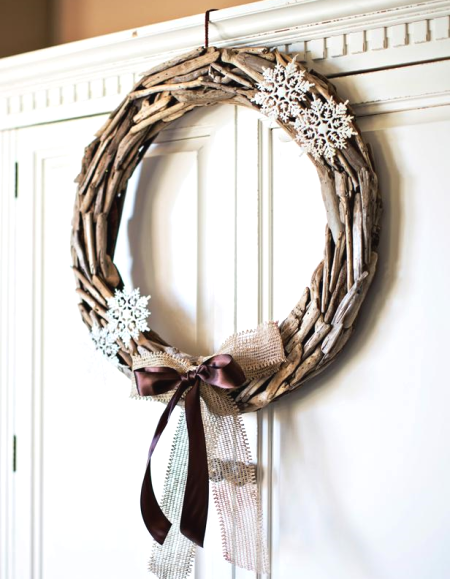 wreath with snow flakes