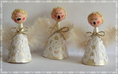 Singing Angel Choir Ornaments 1