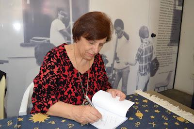 ISABEL FURINI LANÇA LIVRO INFANTIL EM CURITIBA NO PRÓXIMO DIA 15 DE ABRIL