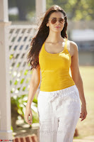 Meenakshi Dixit Unseen beautiful Stills from her movies ~  Exclusive Pics 005.jpg