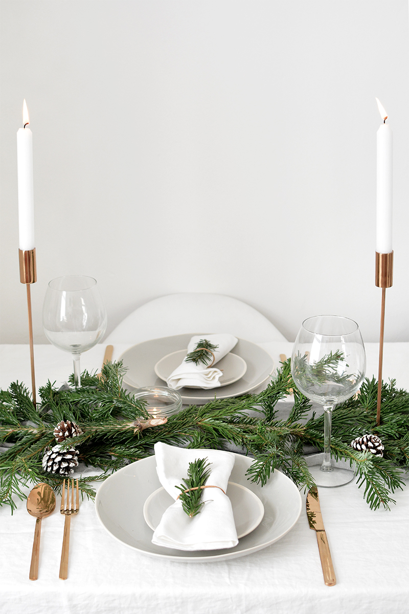 modern christmas table decorations
