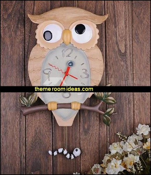 Swinging Resin Owl Wall Clock