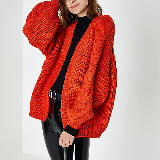 An Easy AW17 Update | A Red Chunky Knit Cardigan | I WON'T WEAR ...