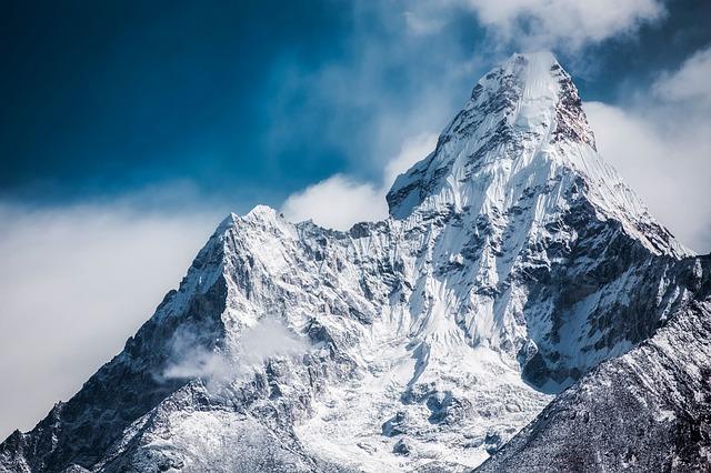 Frasi E Aforismi Sulla Montagna E L Alpinismo