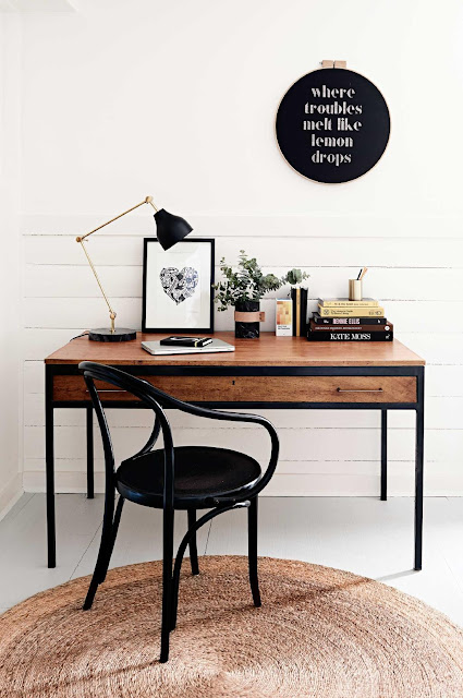 Office Crush: New Year, New Desk