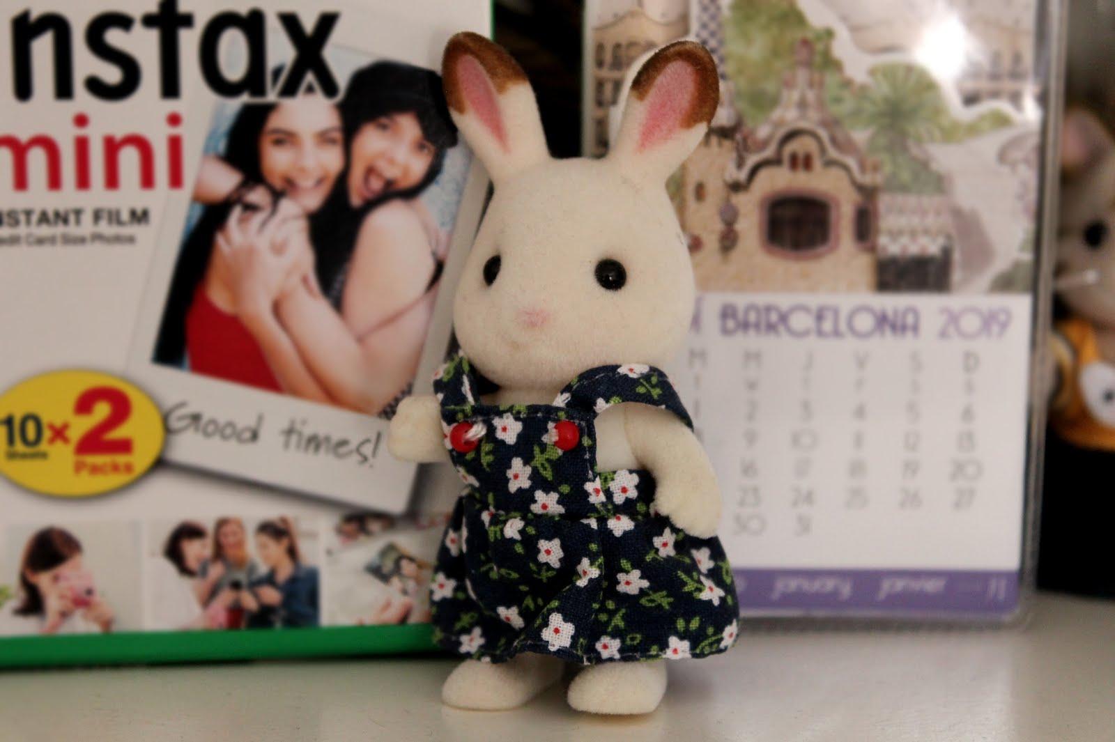 juguete conejo chocolate sylvanian family