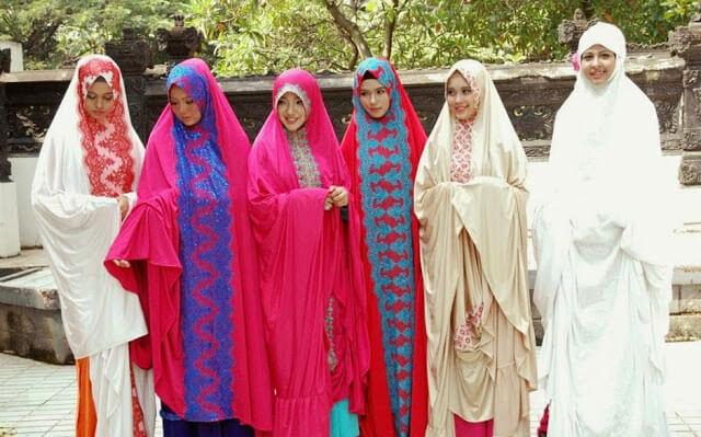 Memilih Baju Ramadhan untuk Sholat Tarawih Menurut Syariat