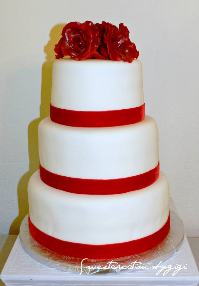 Simple White 3 Tier Wedding Cake With Red Velvet Border And Velvety Edible Rose Toppers