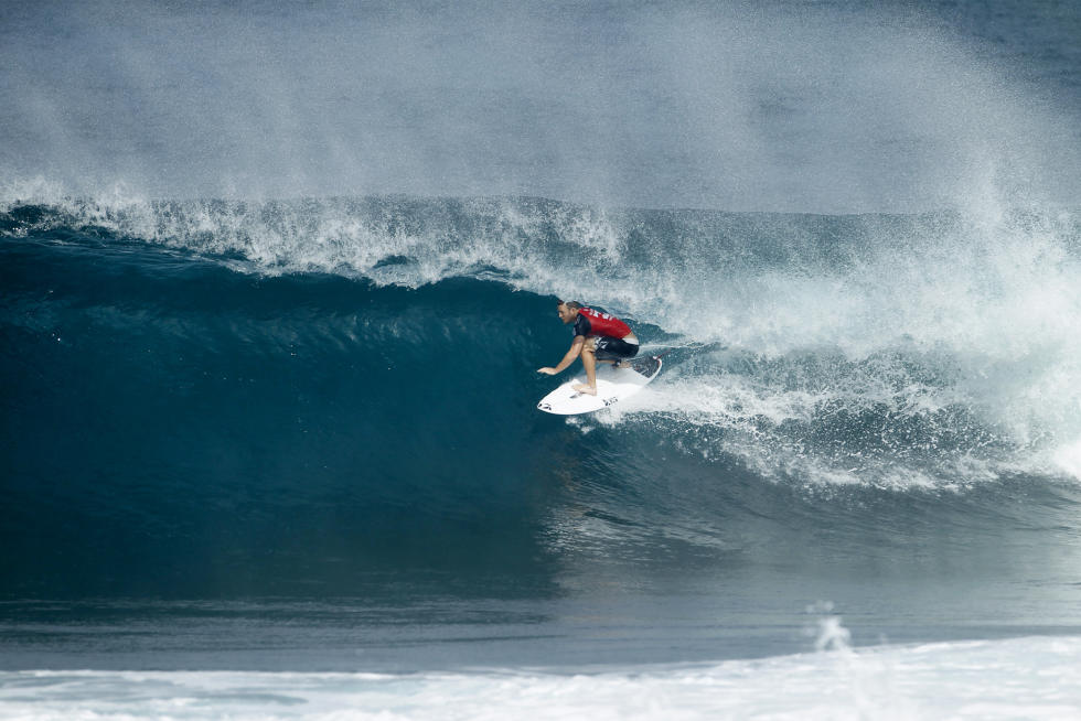 41 Dusty Payne Billabong Pipe Masters Fotos WSL Kelly Cestari