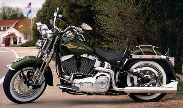 1997 Harley Davidson Heritage Softail Classic – Motorbike