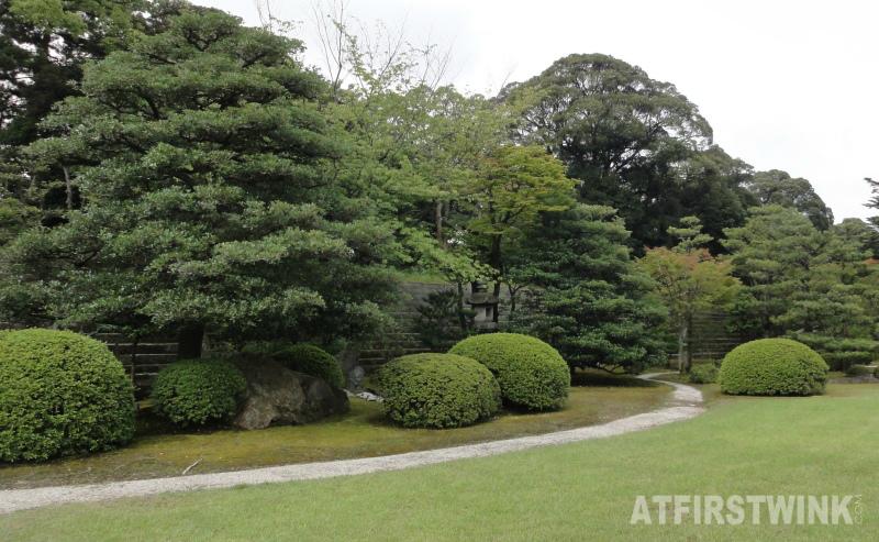 Nijo Castle (二条城)  Kyoto Japan honmaru palace honmaru garden