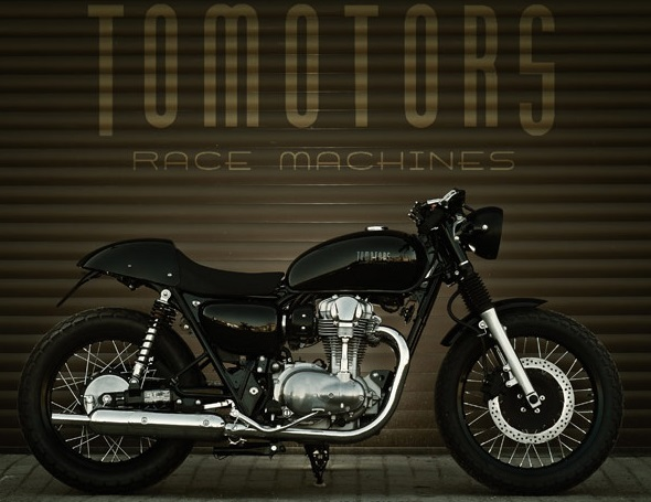 Kawasaki W800 By Tomotors Race Machines