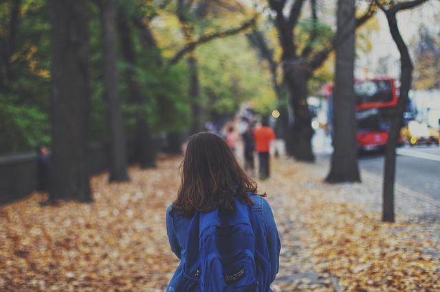 Manfaat Positif Mengantar dan Menjemput Anak - Blog Mas Hendra