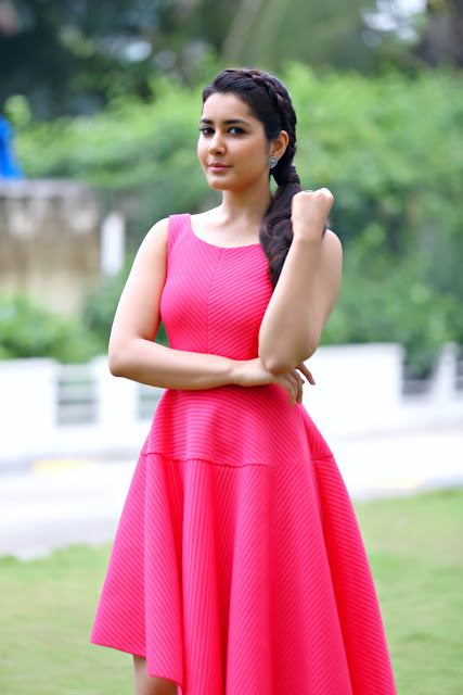 Raashi Khanna Latest HD Photoshoot