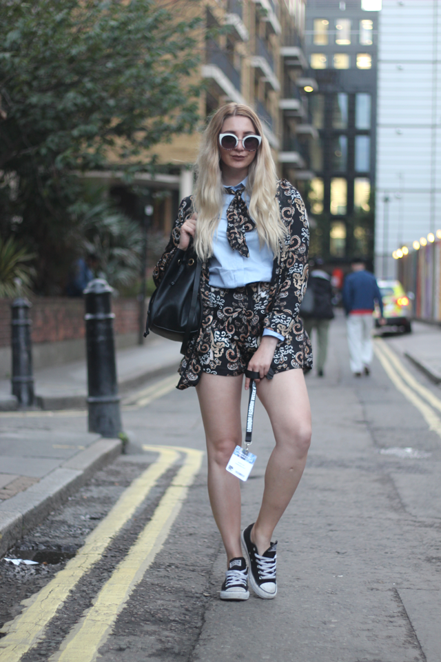 how to wear paisley trend fashion blog