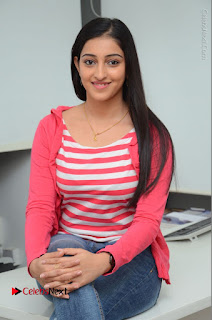 Telugu Actress Mouryani Latest Pos in Blue Denim Jeans  0165.JPG