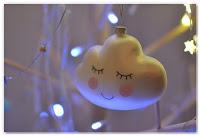 boule de Noël en forme de nuage