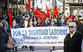 Sector público llega a acuerdo con el Gobierno por reajuste salarial