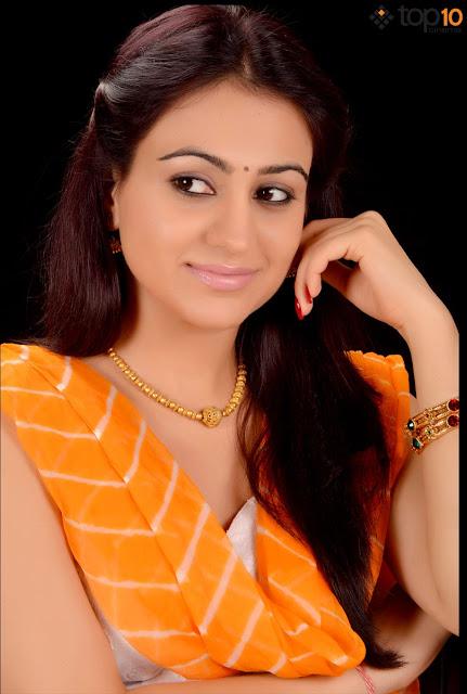 Aksha Pardasany Latest Photoshoot