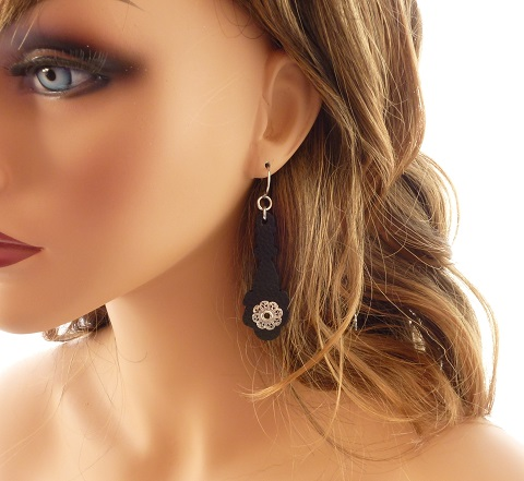 Jewelry Photography with Mannequins - The Beading Gem's ...