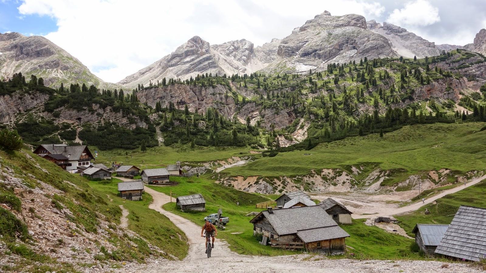 mountainbike tour kronplatz seitenbachscharte