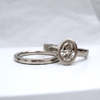 Oval Engagement Ring And Wedding Band