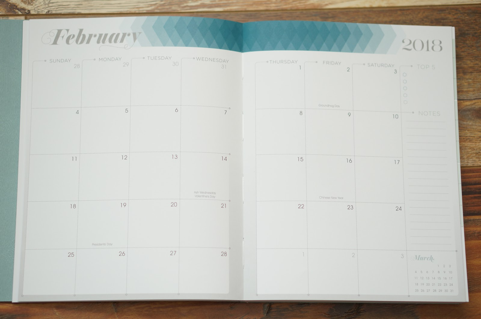 MY 2018 PLANNER | INKWELL PRESS PLANNER COIL FREE by North Carolina style blogger Rebecca Lately