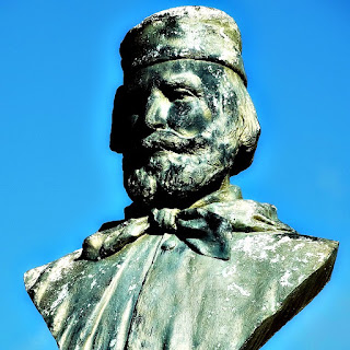 Busto de Giuseppe Garibaldi na Praça Garibaldi - Silveira Martins, RS
