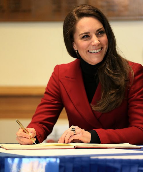 Kate Middleton wore Philosophy di Lorenzo Serafini Double-Breasted Twill Blazer for Valentine's Day