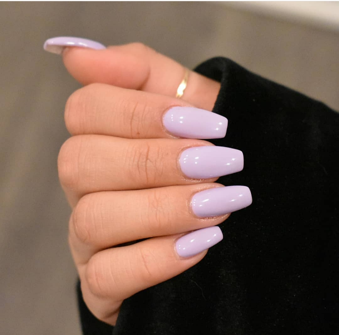 Cute nail colors for brown skin - ClassyStylee