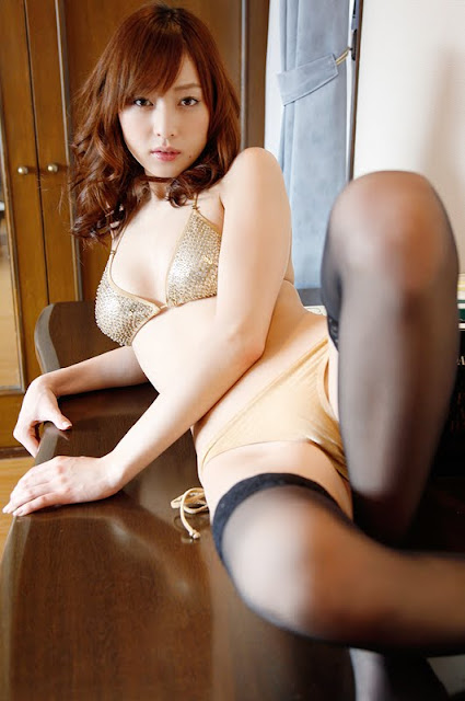 Natsuki+Ikeda+sexy+in+bedroom10