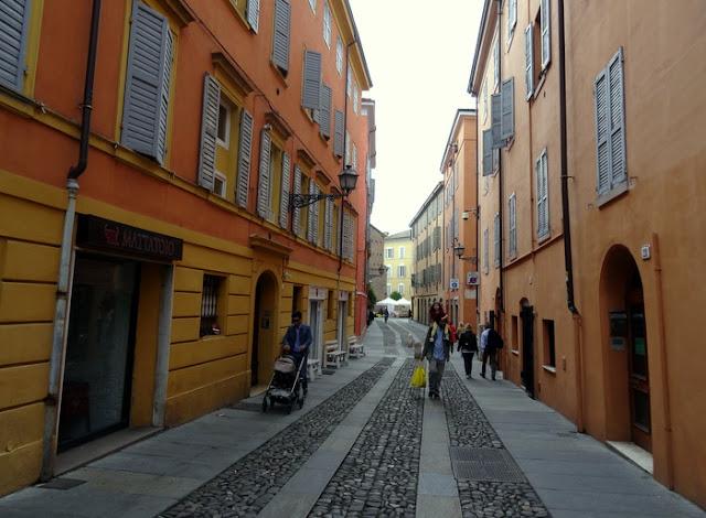 Modena, Italy: The Market and Church at Piazza della Pomposa