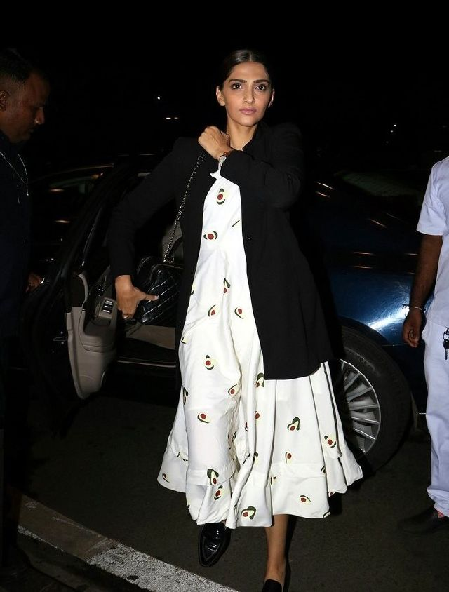 Sonam Kapoor Without Makeup Face Stills In White Dress ❤