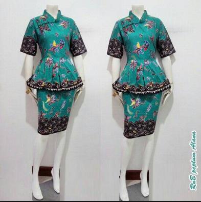 model baju batik kantor wanita berjilbab masa kini