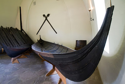 Replica de un barco vikingo en el museo Vikingaheimar de Keflavik