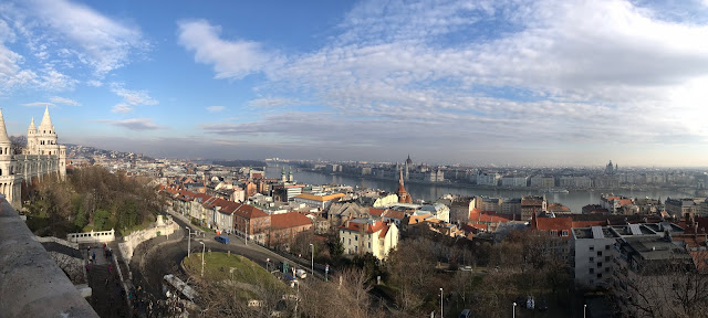 Vue depuis le bastion des pêcheurs Budapest Hongrie