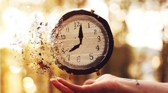 30 Kuote Kata Kata Menghargai Waktu Yang Tak Bisa Diulangi Edisi Awal Tahun 1 Januari 2018