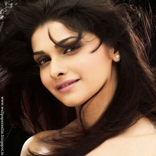 prachi desai hd photos