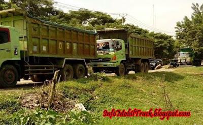 Hino dump truk lohan