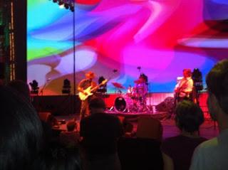 Mike Musburger spelar trummor - a tribute to Jimi Hendrix
