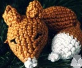 http://www.crochetfox.com/wp-content/uploads/Sleeping-Fox.pdf