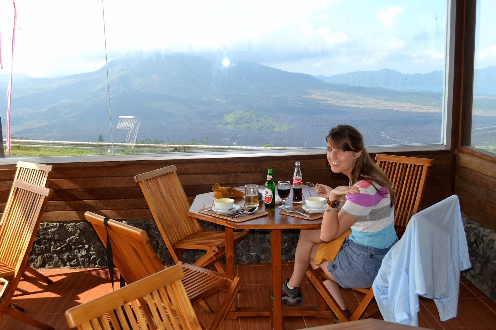 vistas al volcán Batur desde Kintamani