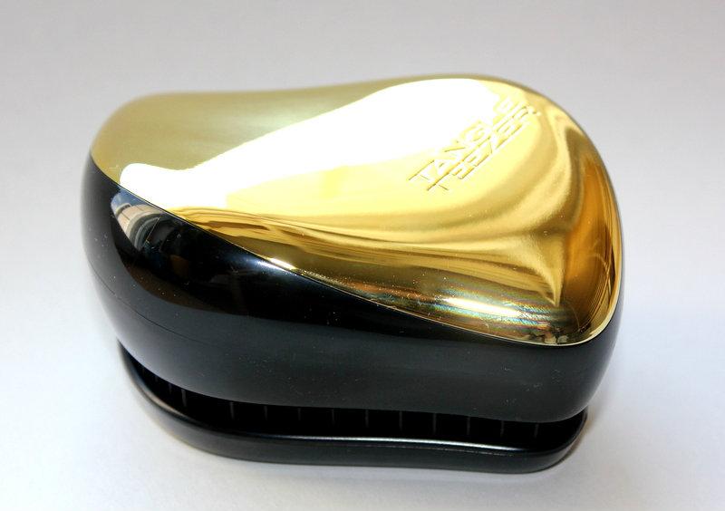 Отзыв: Компактная расческа для распутывания волос - Tangle Teezer Compact Styler.