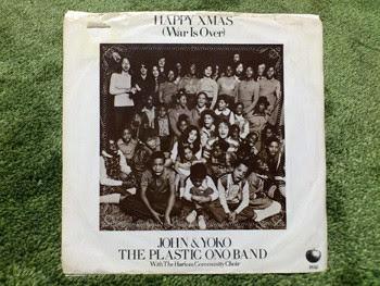 HAPPY XMAS(War Is Over)