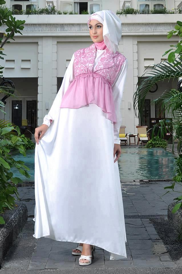 Contoh Model Baju Muslim Lebaran Warna Putih Terbaru