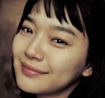 Image result for menangis bahagia