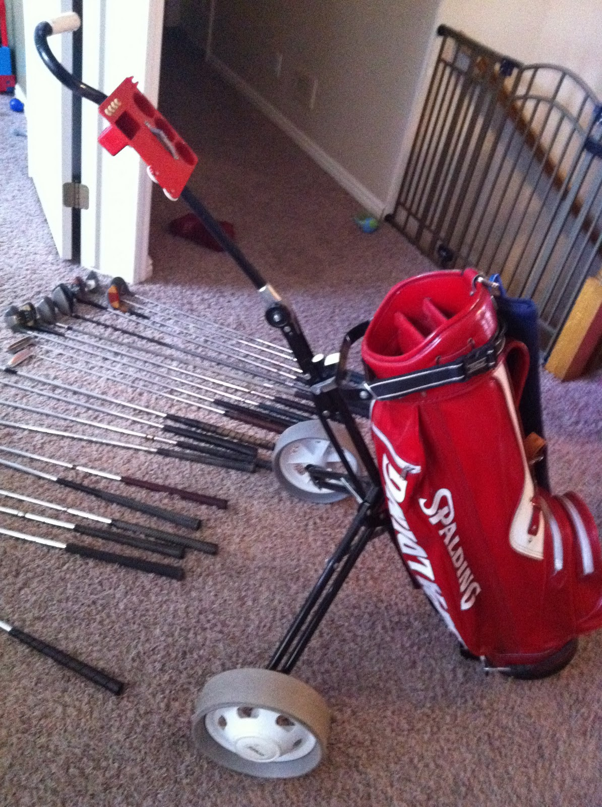 Online Yard Sale Vintage Spalding Red Leather Golf Bag